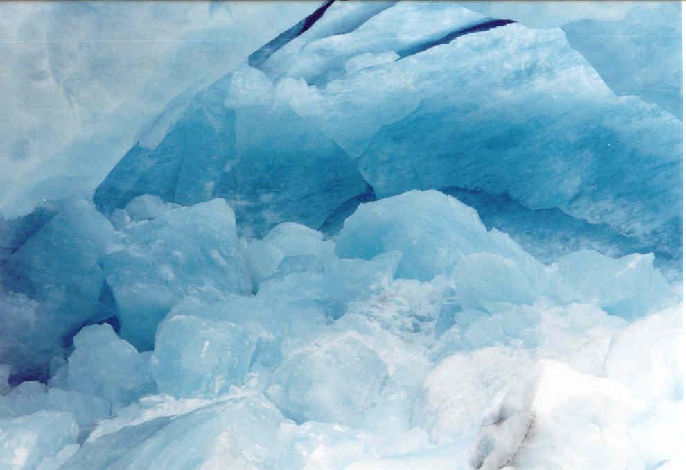 http://www.kralupy.cz/kct/Foto/norsko/ledovec.jpg